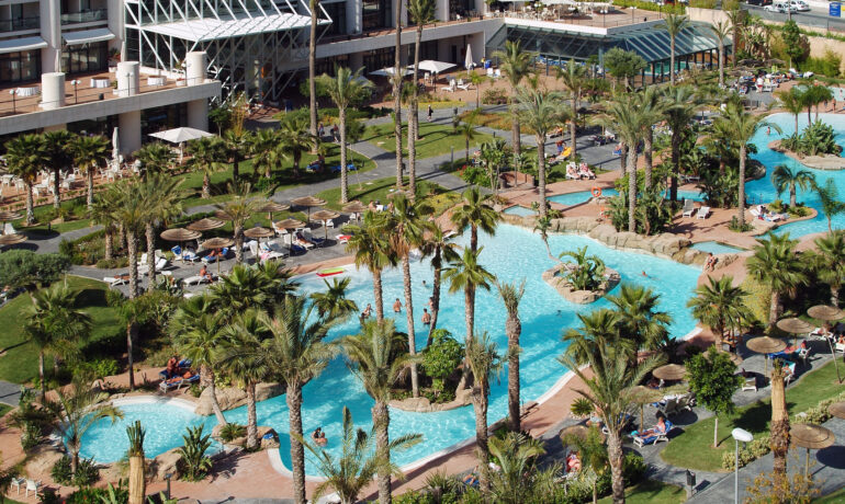 Luxury 4 & 5 Star Hotels & Resorts in Benidorm